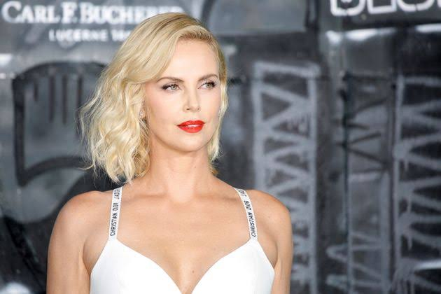 Charlize-Theron-Helga-Sinclair