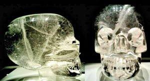 Supuestas calaveras de cristal precolombinas