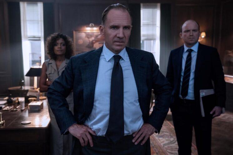 Ralph Fiennes es el director del MI6